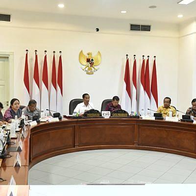 Presiden: Dana Desa Harus Ciptakan Lapangan Kerja Besar-besaran