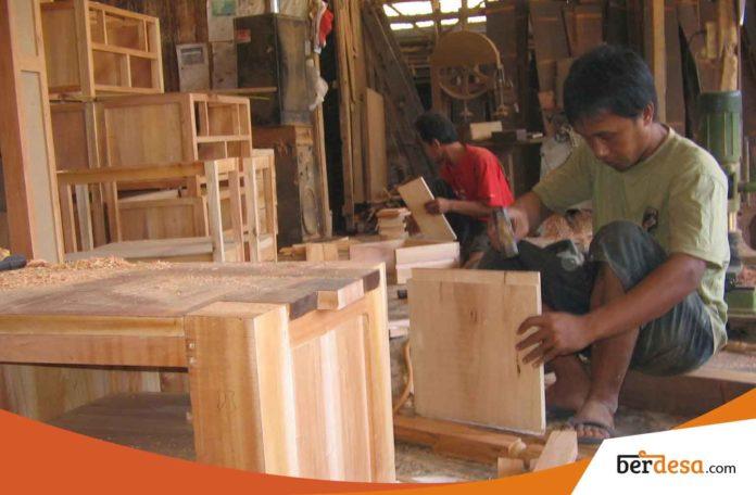 Tekad Dan Kerja Keras Sebagai Modal Penting Bagi Pembangunan Desa